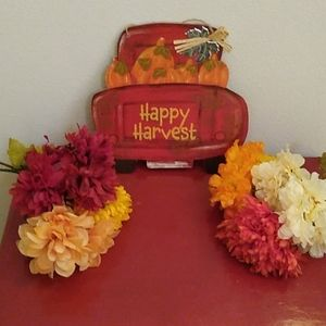 Happy Harvest Sign + 6 bunches of flowers